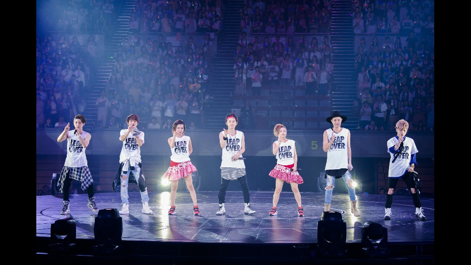 「AAA ARENA TOUR 2016 -LEAP OVER-」のダイジェスト版を配信中!|「AAA ARENA TOUR 2016 -LEAP OVER- の最終公演をダイジェスト版で配信中!」の3枚目の画像